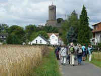 Münzenberg17_Anmarsch_zur_Münzenburg_WO