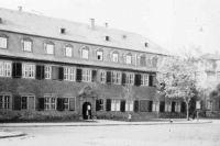 01_ehemaliges_Kanzleigebäude_Schlossplatz